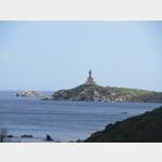 Blick zum Capo Cabonara mit Leuchtturm