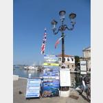 Hinweis auf Hafenrundfahrt in Chioggia