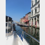mit der Yacht durch die Kanäle von Chioggia