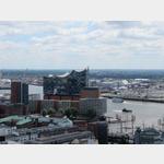 Blick vom Turm des Hamburger Michel zur Elbphilharmonie