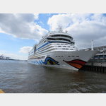 Aida im Hamburger Hafen