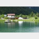 Camping Via Claudiase, See und Rezeption mit kleinem Restazrant