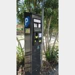 Parkautomat mit neuem meinwomo.net Aufkleber - Stellplatz 214240