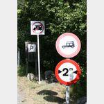 Durchfahrt ab Campingplatz Vora Parc für Womos verboten