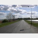 Die Zufahrtsstraße zur Insel